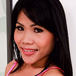 Cute ladyboy with luscious lips!