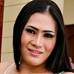 Cute brunette ladyboy from the Philippines!