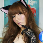 Horny pussy cat Lisa returns to us today on Shemale Japan. Will you let her   give you a tongue bath? I bet she can lick your cock clean!