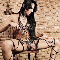 Fetish shemale babe in a kinky outfit