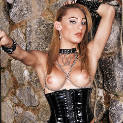 Kinky shemale mistress Mylena Bysmark